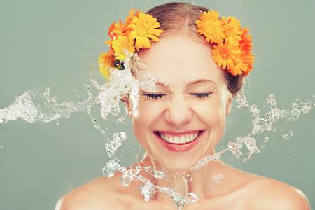 Пролетно почистване - най-добрите продукти за почистване на лице до 18 лв.!